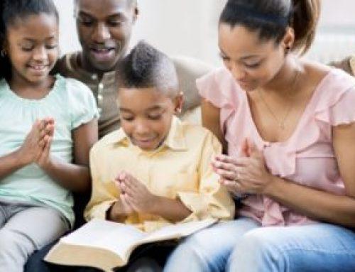 Dirigiendo a Sus Hijos a Cristo